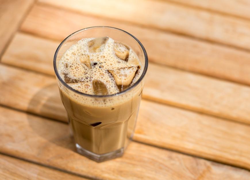 Cafea rece ca gheata. 5 idei cu care sa-ti incepi zilele de vara