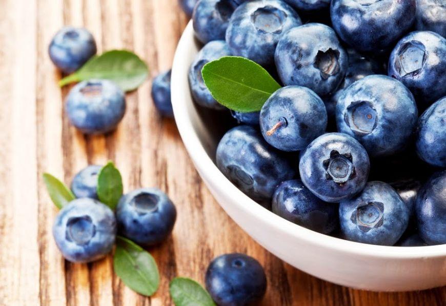 """Care sunt beneficiile afinelor și de ce sunt numite """"hrană pentru creier"""" sau """"super-alimente""""?"""