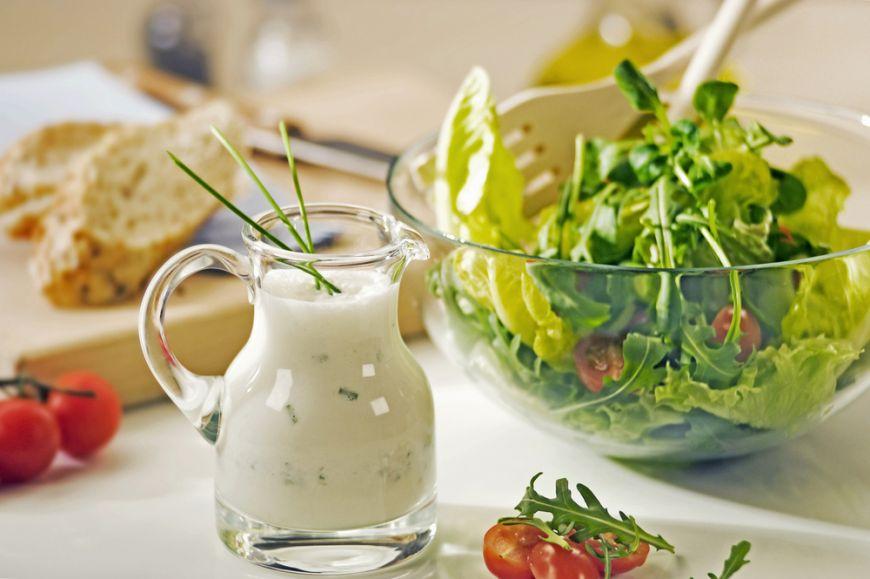 Vara salatele sunt la putere! Te învățăm secretele ca să își iasă perfect orice salată preparată acasă