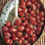 Rosii cu usturoi si ierburi aromatice