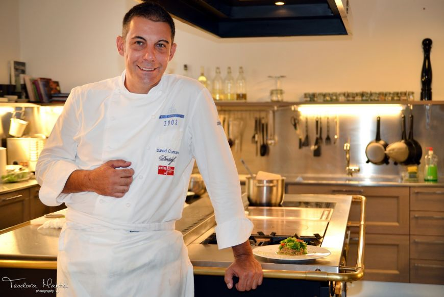 Chef David Contant de la Iconic Food Wine & Design te invata sa faci cel mai bun tartar de somon