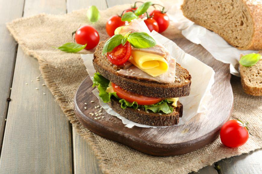Cele mai simple si gustoase idei de sandvisuri. Combinatia perfecta cu doar 3 ingrediente