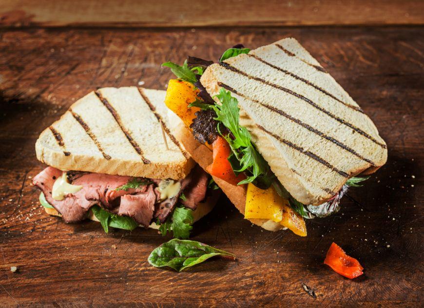 Gustari la indemana oricui. 5 idei de sandvisuri gustoase cu doar 5 ingrediente