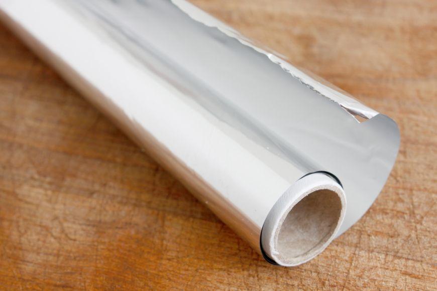 5 trucuri inteligente pentru a folosi folia de aluminiu in bucatarie