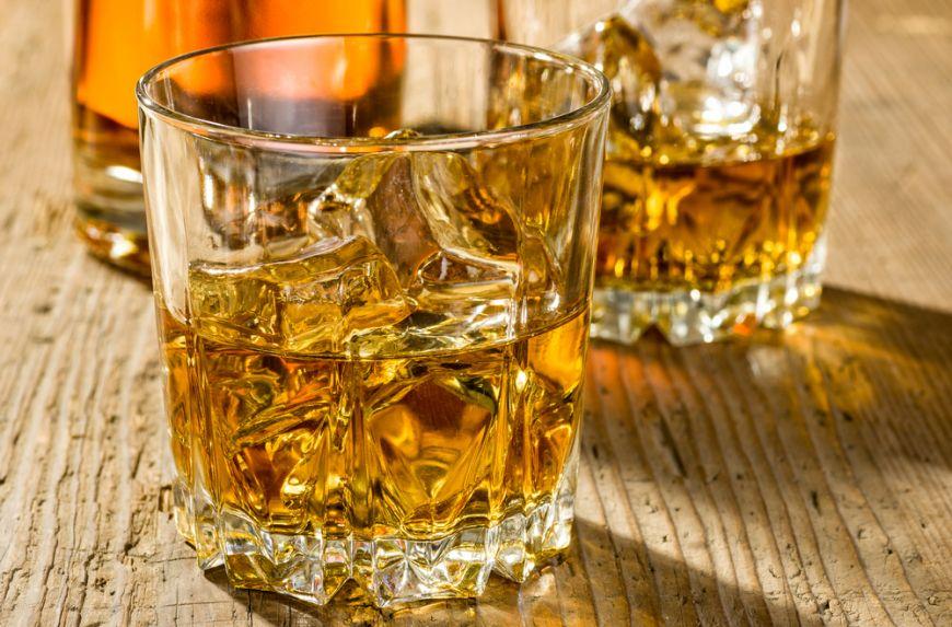 SURPRIZA: cat costa si unde e facut cel mai bun whisky din lume