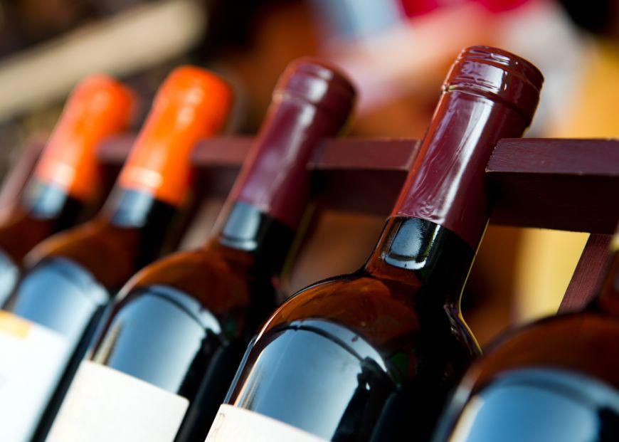 De ce sa nu comanzi niciodata al doilea cel mai ieftin vin din meniu