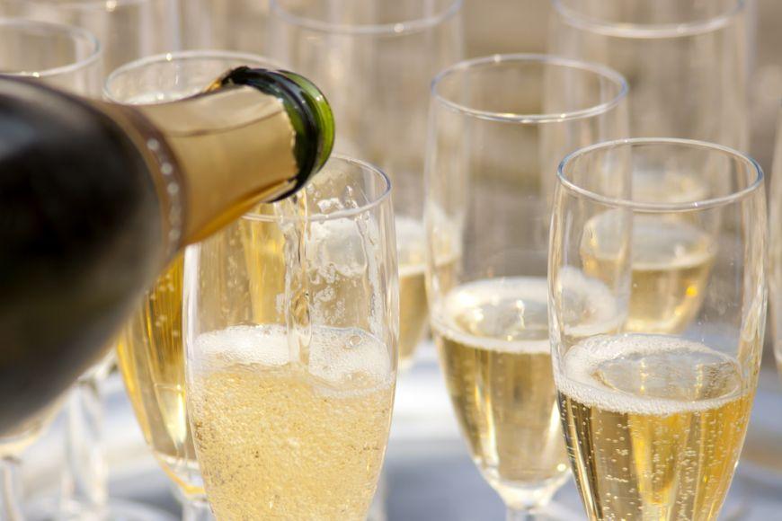 Sampania nu e singura optiune! Care sunt cele mai bune vinuri spumante din jurul lumii