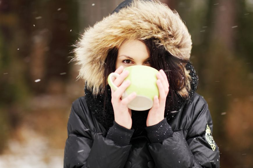 Top 6 cele mai bune strategii sa te mentii hidratat in sezonul rece