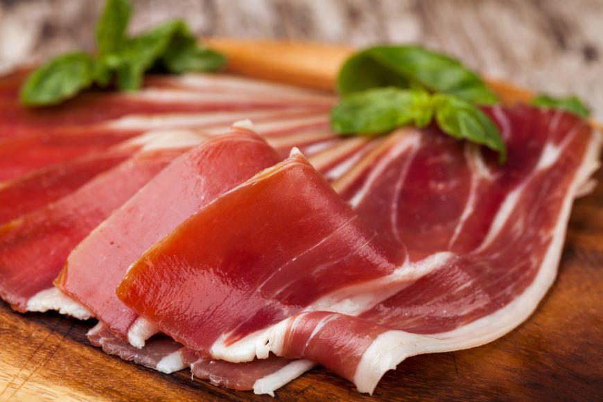 Care este diferenta dintre bacon, pancetta si prosciutto