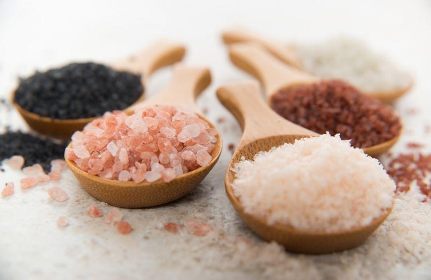 3 tipuri de sare pe care să le ai mereu în bucătărie pentru cele mai gustoase feluri de mâncare