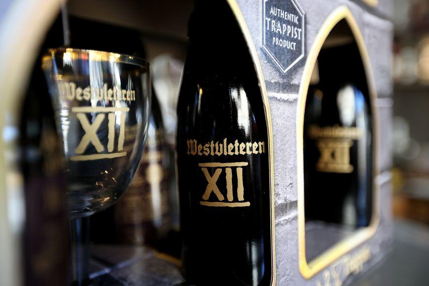 Cum au reusit niste calugari din Belgia sa faca cea mai buna bere din lume