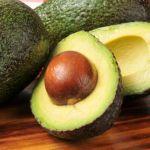 Avocado pentru colesterol si migdale pentru hipertensiune. Iata ce sa mananci in functie de problemele tale de sanatate