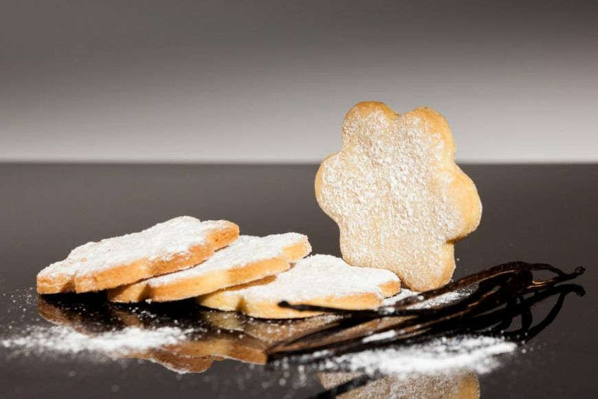 Biscuiti cu vanilie pentru cafea: incearca reteta Anei Consulea, pastry chef