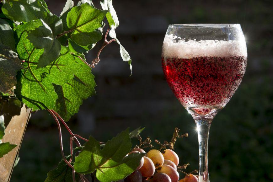 3 vinuri rosii spumante de incercat macar o data in viata
