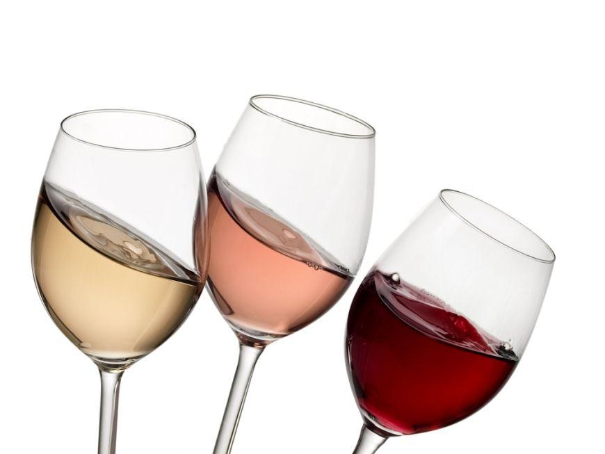 6 substante chimice despre care nu stiai ca se gasesc in paharul tau cu vin
