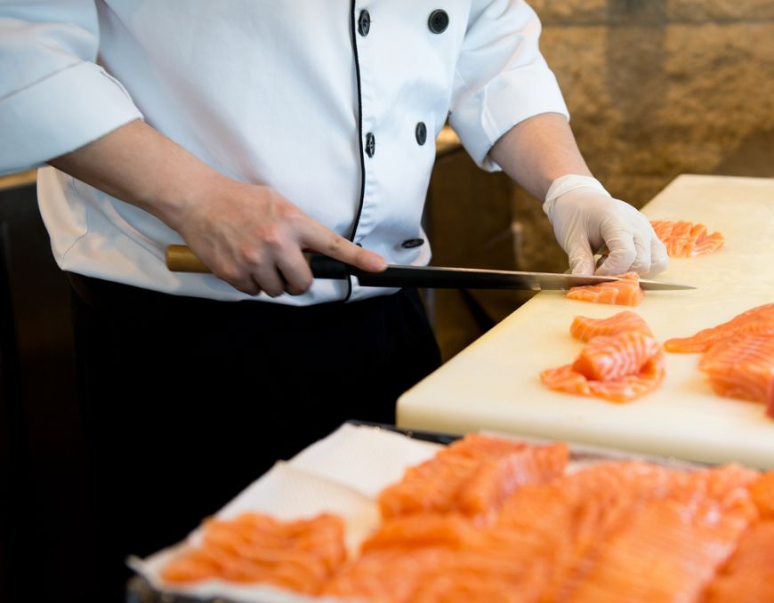 Pofta japonezilor pentru sushi distruge ecosistemul marin. Hong Kong consuma produse din mare de 4 ori mai mult decat media mondiala