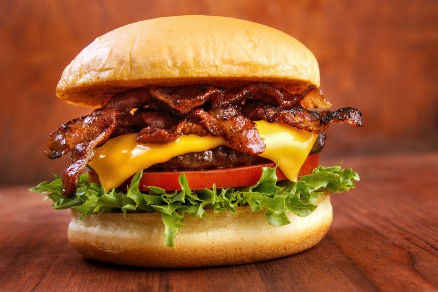Formula stiintifica a burgerului perfect. Sfaturi de preparare de la chef Charles Michel