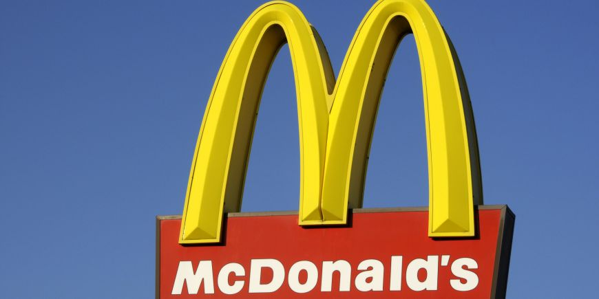 Tara in care McDonald's vrea sa se transforme in restaurant cu servire la masa si rezervari. Motivul pentru care face aceasta schimbare