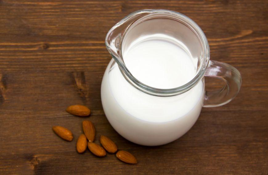 Alimente care te mentin intr-o forma excelenta in sezonul rece. Motivul pentru care trebuie sa bei lapte
