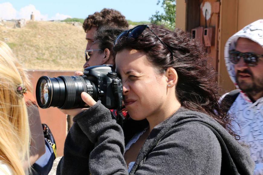 """Teodora Maftei, colega noastra ranita in """"Colectiv"""": un fotograf pasionat, mereu in cautarea celei mai bune imagini"""