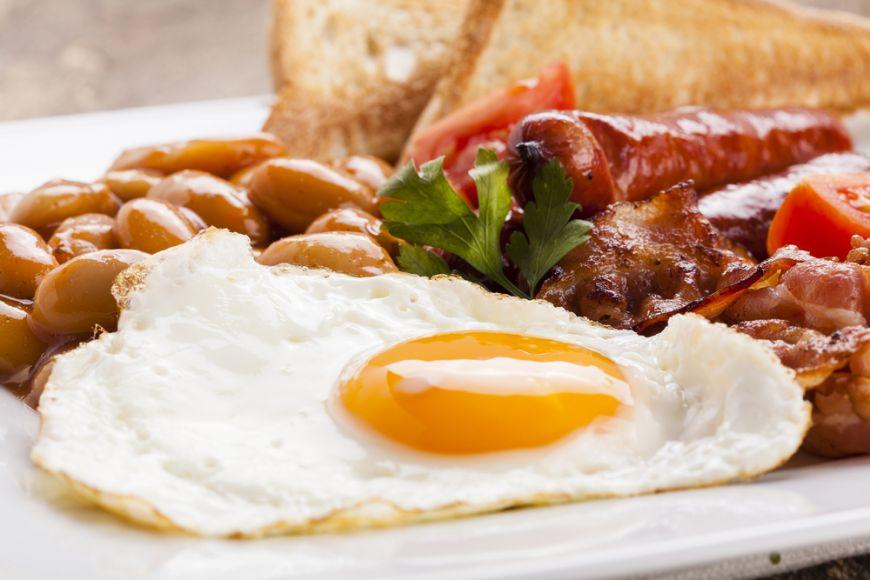 Combinatiile perfecte pentru micul dejun. Ora pana la care trebuie sa mananci ca sa ai energie toata ziua