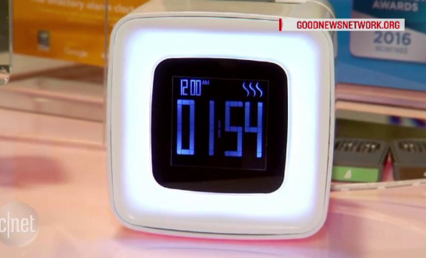 Inventia unui francez care iti da trezirea in timp record. Cat costa ceasul care te trezeste cu aroma de cafea