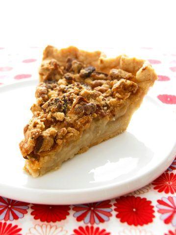 Îți spunem pas cu pas cum pregătești rapid o plăcintă cu mere! Este desertul ideal în post