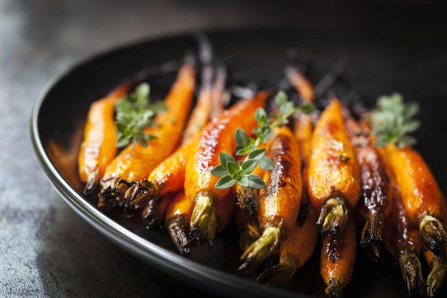 Garnitura pentru masa de Craciun – morcovei cu unt