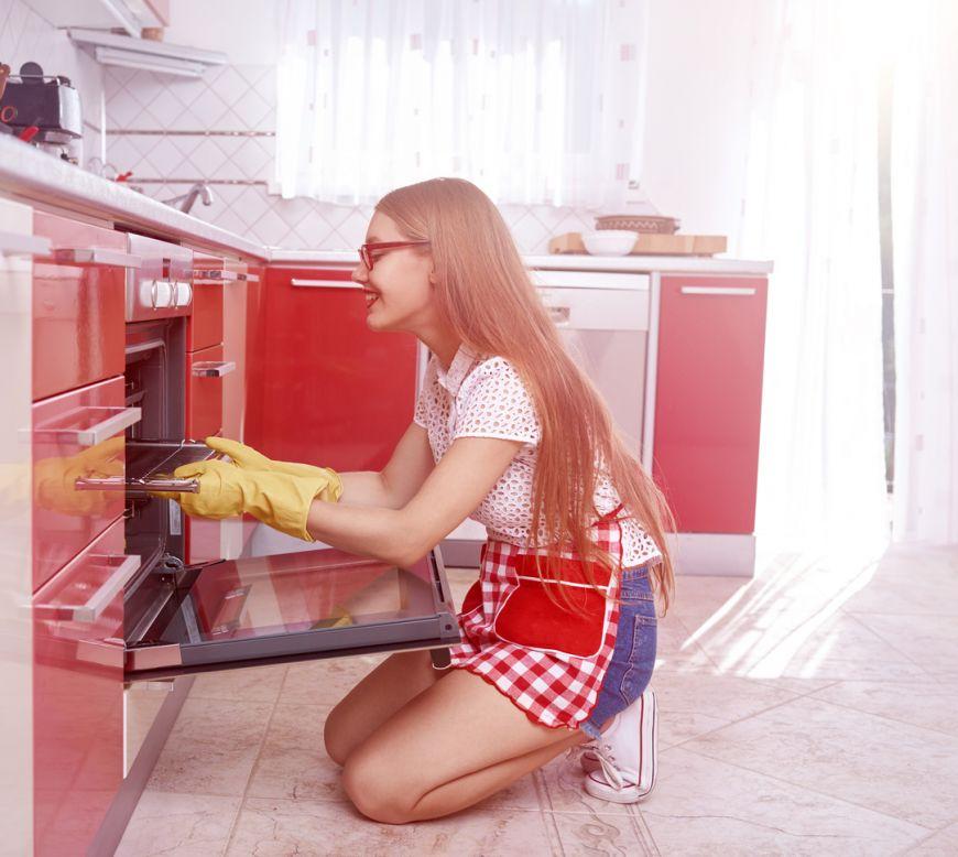 Cea mai usoara metoda pentru curatarea cuptorului