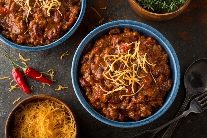 Te învățăm să pregătești cel mai gustos chilli con carne! Cu această rețetă vei impresiona pe toată lumea