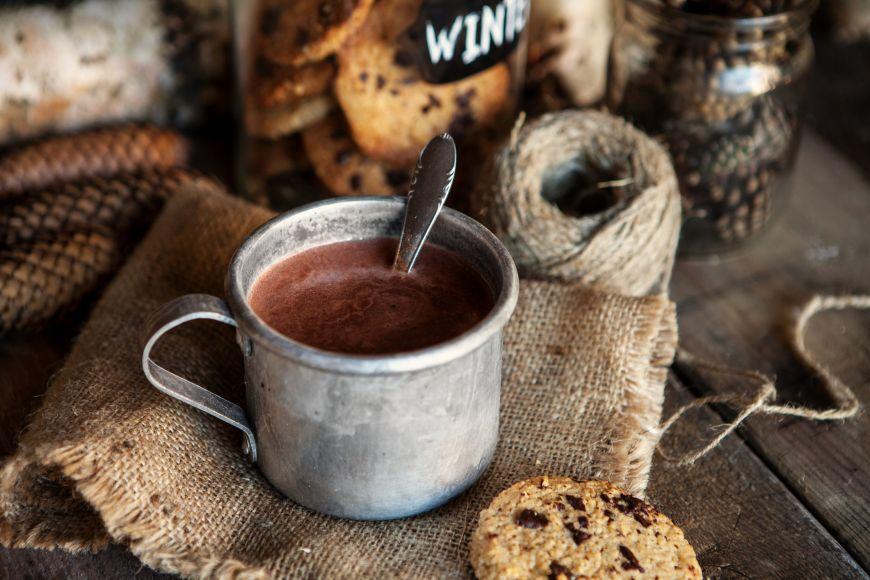 Ciocolata calda si vin rosu, intr-un singur preparat