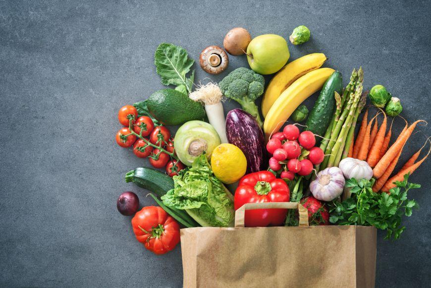 E important de știut: iată cinci legume și fructe pe care nu trebuie să le ții la frigider