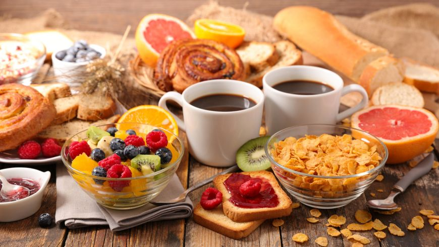 Pregătește un mic dejun rapid și gustos: terci de ovăz cu un ingredient surpriză