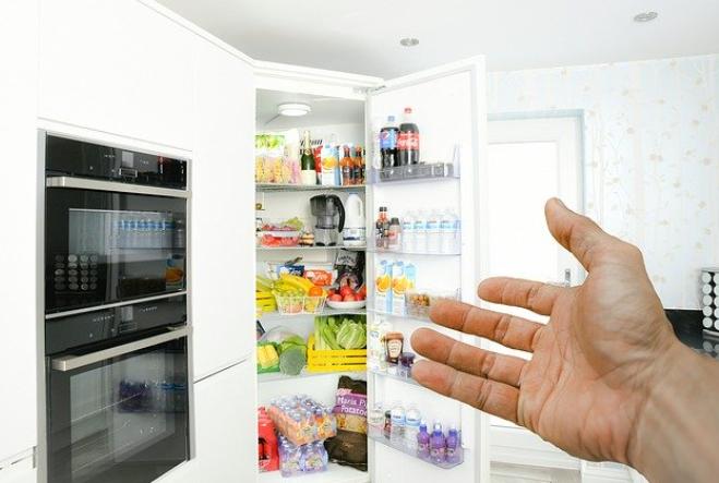 (P) Cum depozitezi corect alimentele in frigider pentru a rezista mai mult?
