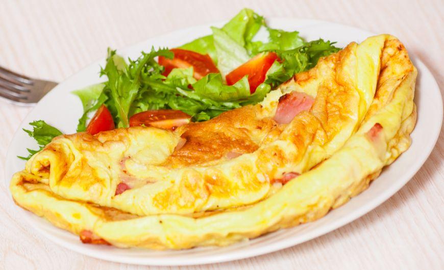 Un chef american a dezvăluit secretul omletei perfecte. Ce ingredient-surpriză folosește