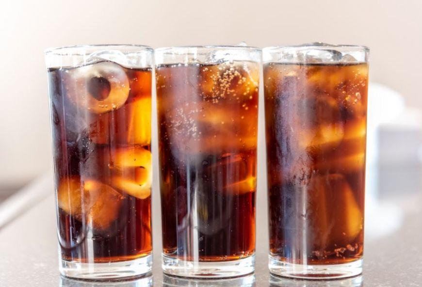 Cola are dezavantaje, dar și beneficii: poate fi folosită pe post de medicament! Ce probleme de sănătate rezolvă?