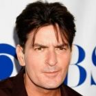 Rob Lowe l-ar putea inlocui pe Charlie Sheen in Two and a Half Men