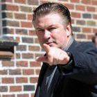 Alec Baldwin candideaza la primaria New York-ului! O ia pe urmele lui Arnold in politica?