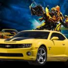 Combinatia perfecta pentru o vara incendiara: femei frumoase, roboti si masini scumpe. Vezi ce branduri de masini apar in Transformers: Dark of the Moon
