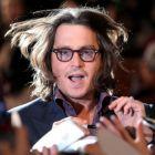 Imaginile cu care s-a facut de rusine Johnny Depp, cel mai bine platit actor din lume in 2010