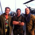 Cum arata cei mai mari eroi de actiune la 60 de ani: Arnold, Stallone si Bruce Willis in prima imagine din The Expendables 2