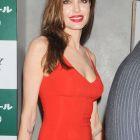 Angelina Jolie:  Am avut noroc ca nu am murit . De ce se considera norocoasa una din cele mai controversate actrite de la Hollywood