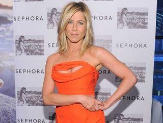 Jennifer Aniston, cea mai cautata actrita pe internet in 2011. 10 momente stralucitoare ale actritei pe covorul rosu