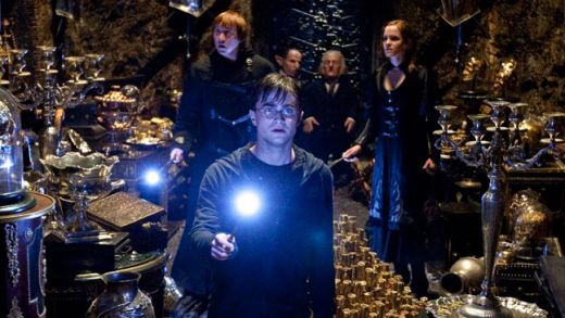 1.Harry Potter and the Deathly Hallows Part 2 - incasari globale: 1.3 miliarde $