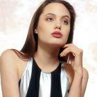 Angelina Jolie, femeia care fascineaza Hollywood-ul de un deceniu, implineste azi 37 de ani. Cele mai bune filme din cariera ei