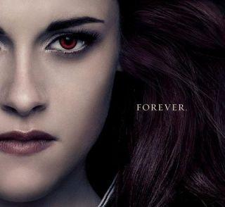 Sfarsitul erei Twilight: eroii fenomen iubiti de milioane de tineri apar in posterele finale. Ce surpriza majora aduce ultimul film Amurg