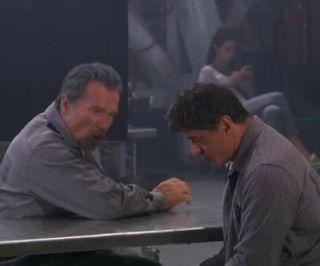 Arnold Schwarzenegger si Sylvester Stallone au ajuns la inchisoare. Imagini din filmul la care cei doi actori viseaza de 30 de ani