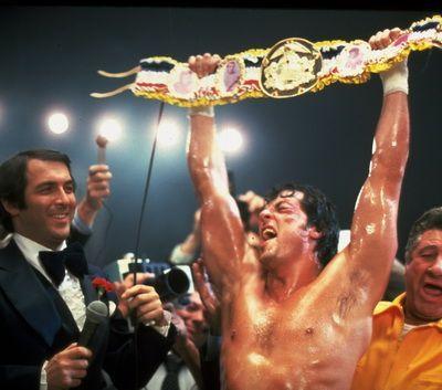 Sylvester Stallone, actorul care a invins saracia si a inspirat o natiune: eroul creat de el in 3 zile a devenit un fenomen mondial