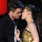 Umiliti si inselati: Robert Pattinson, Sandra Bullock, Jennifer Aniston. Cele mai celebre scandaluri amoroase de la Hollywood