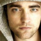 Robert Pattinson pune mana pe un nou rol interesant: actorul din Twilight se transforma in Lawrence al Arabiei in filmul  Queen of the Desert